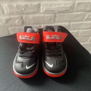 Toddler boy Nike shoes